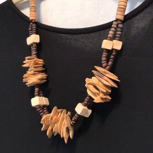 Vintage/Retro wood bead necklace